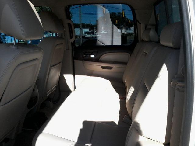 2013 GMC Sierra 2500HD Denali Z71Pkg San Antonio, Texas 9