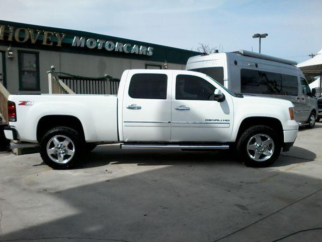2013 GMC Sierra 2500HD Denali San Antonio, Texas 1