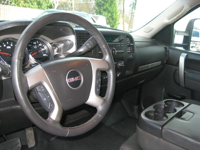 2013 GMC Sierra 3500HD SLE Richmond, Virginia 9