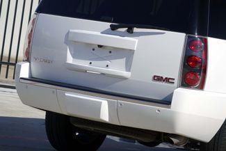 2013 GMC Yukon Denali 1-OWNER * Sunroof * DVD * Navigation * QUADS * TX Plano, Texas 28