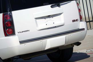 2013 GMC Yukon Denali 1-OWNER * Sunroof * DVD * Navigation * QUADS * TX Plano, Texas 29