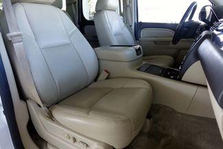 2013 GMC Yukon Denali 1-OWNER * Sunroof * DVD * Navigation * QUADS * TX Plano, Texas 13