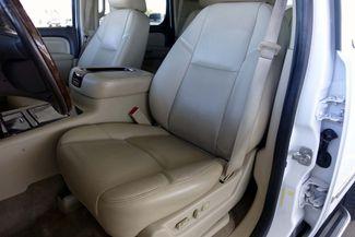 2013 GMC Yukon Denali 1-OWNER * Sunroof * DVD * Navigation * QUADS * TX Plano, Texas 12