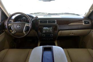 2013 GMC Yukon Denali 1-OWNER * Sunroof * DVD * Navigation * QUADS * TX Plano, Texas 8