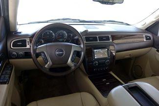 2013 GMC Yukon Denali 1-OWNER * Sunroof * DVD * Navigation * QUADS * TX Plano, Texas 10