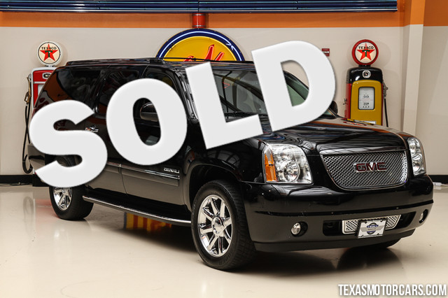 2013 GMC Yukon XL Denali This Carfax 1-Owner 2013 GMC Yukon XL Denali is in great shape with only
