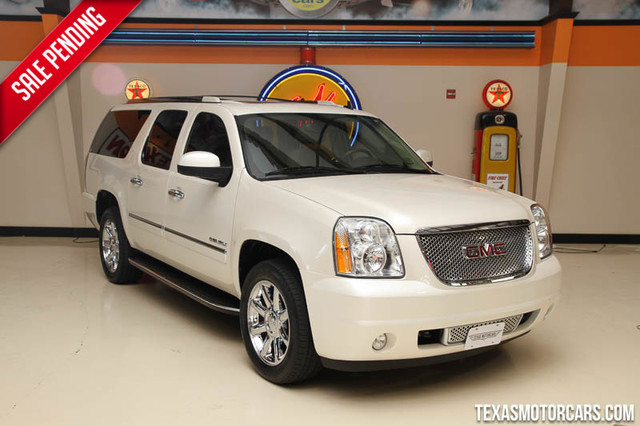 2013 GMC Yukon XL Denali 2013 GMC Yukon XL Denali Lots of options like 62L V8 all wheel drive