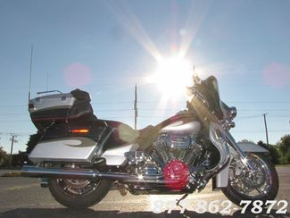 2013 Harley-Davidson CVO ULTRA CLASSIC FLHTCUSE SCREAMIN EAGLE ULTRA McHenry, Illinois