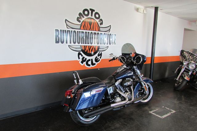 2013 Harley-Davidson Dyna® Switchback™ Arlington, Texas 1