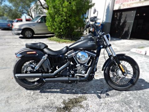 2013 Harley-Davidson Dyna Street Bob FXDB LIKE NEW! EXTRAS in Hollywood, Florida
