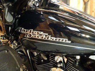 2013 Harley-Davidson Electra Glide® Ultra Limited Anaheim, California 8
