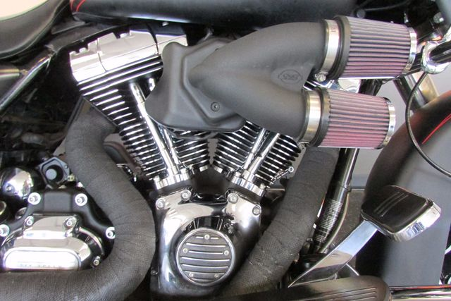 2013 Harley -Davidson  ROAD GLIDE CUSTOM Arlington, Texas 15