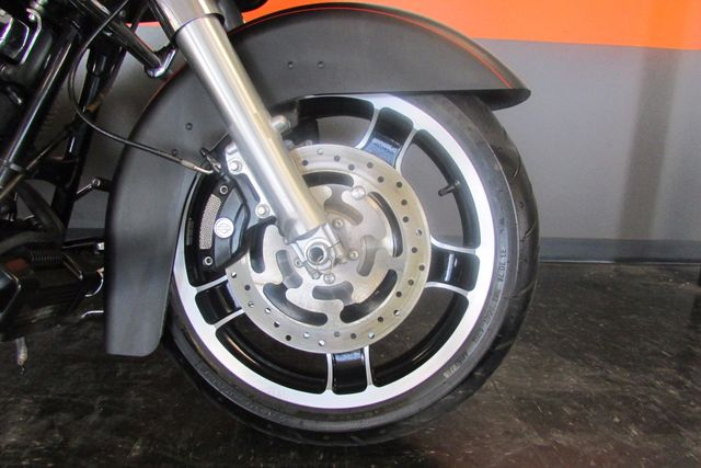 2013 Harley -Davidson  ROAD GLIDE CUSTOM Arlington, Texas 6