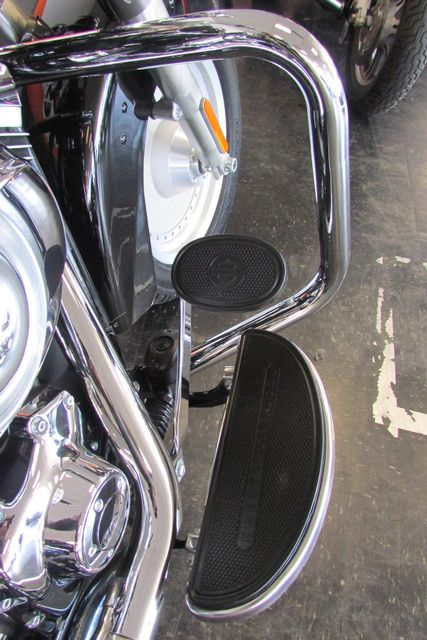 2013 Harley-Davidson Softail® Heritage Softail® Classic Arlington, Texas 14