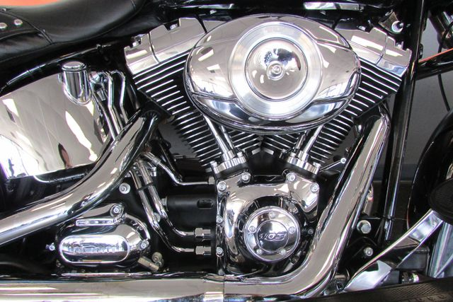 2013 Harley-Davidson Softail® Heritage Softail® Classic Arlington, Texas 16