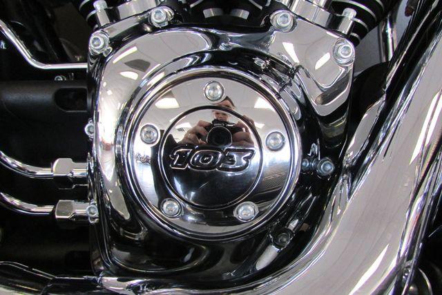 2013 Harley-Davidson Softail® Heritage Softail® Classic Arlington, Texas 17