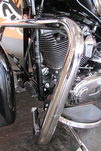 2013 Harley-Davidson Softail® Heritage Softail® Classic Arlington, Texas 42