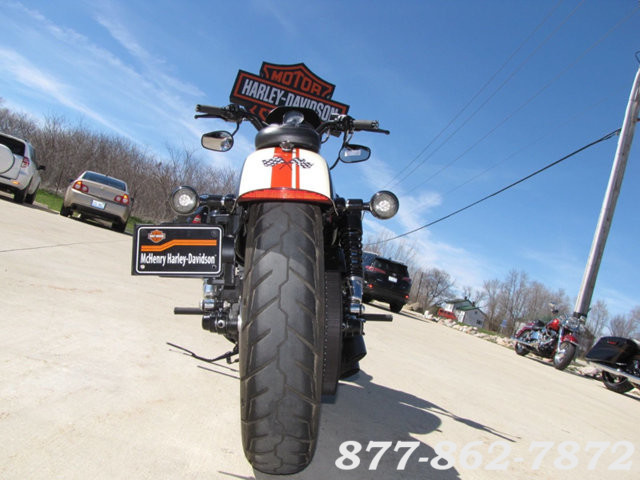 2013 Harley-Davidson SPORTSTER 883 IRON XL883N SPORTSTER 883 IRON McHenry, Illinois 40