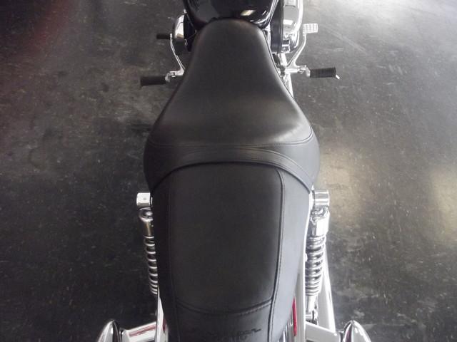 2013 Harley-Davidson Sportster® 1200 Custom Arlington, Texas 9