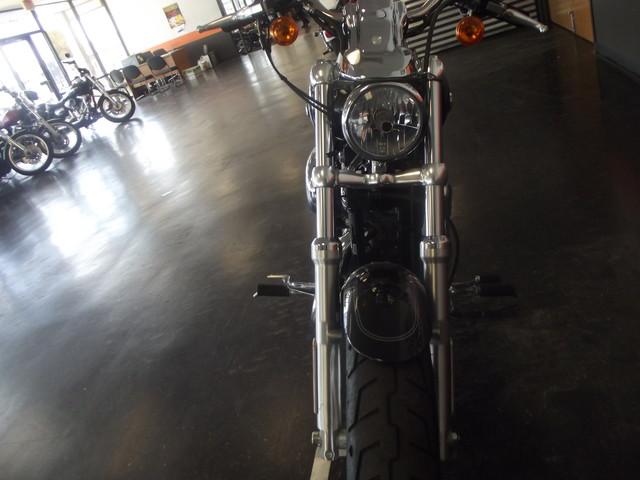 2013 Harley-Davidson Sportster® 1200 Custom Arlington, Texas 13