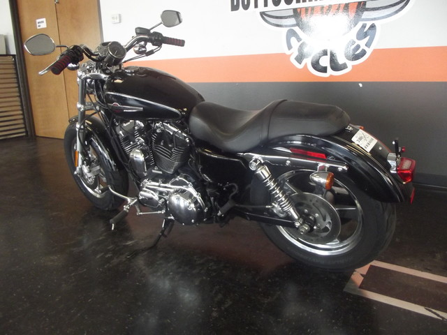 2013 Harley-Davidson Sportster® 1200 Custom Arlington, Texas 16