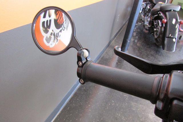 2013 Harley-Davidson Sportster 883 IRON XL883N Arlington, Texas 19