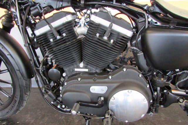 2013 Harley-Davidson Sportster 883 IRON XL883N Arlington, Texas 26