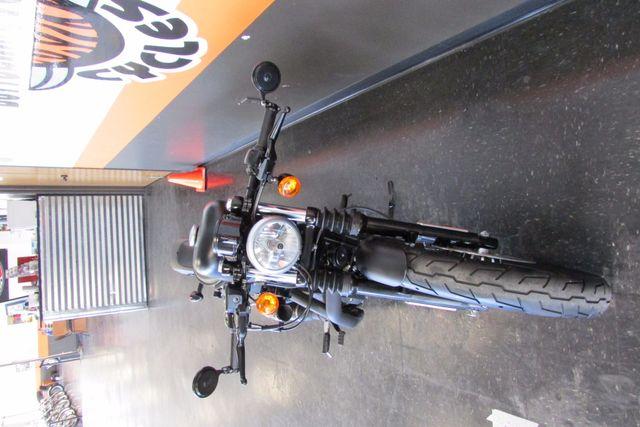 2013 Harley-Davidson Sportster 883 IRON XL883N Arlington, Texas 4