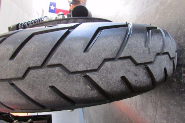 2013 Harley-Davidson Sportster 883 IRON XL883N Arlington, Texas 9