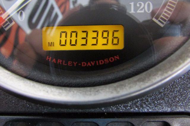 2013 Harley-Davidson Sportster® SuperLow® Arlington, Texas 23