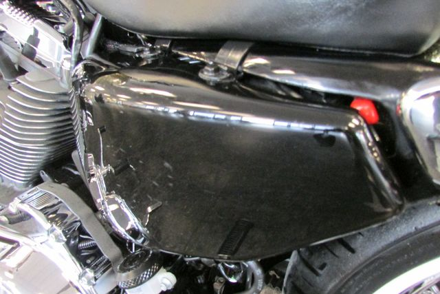 2013 Harley-Davidson Sportster® Seventy-Two™ Arlington, Texas 31