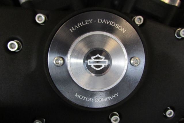 2013 Harley-Davidson Sportster® 883™ Arlington, Texas 14