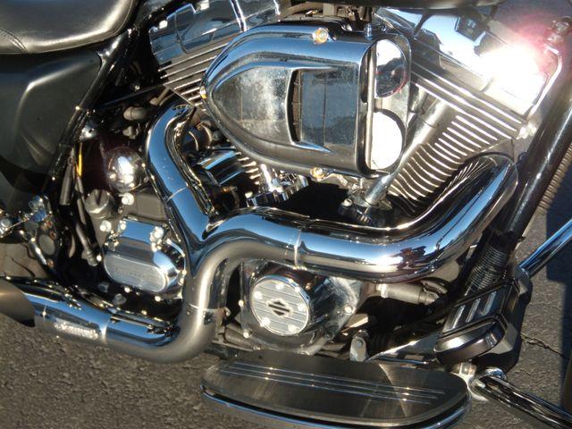 2013 Harley-Davidson Street Glide® Base Ephrata, PA 10