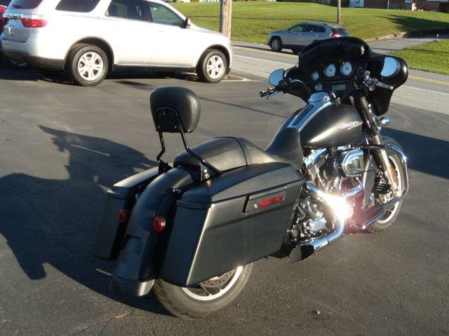 2013 Harley-Davidson Street Glide® Base Ephrata, PA 2