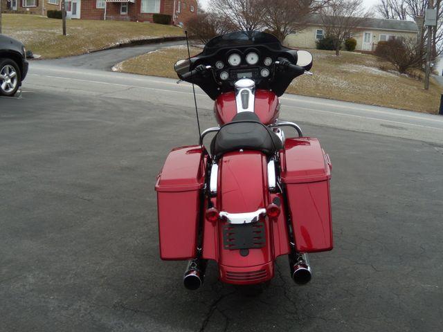 2013 Harley-Davidson Street Glide® Base Ephrata, PA 5