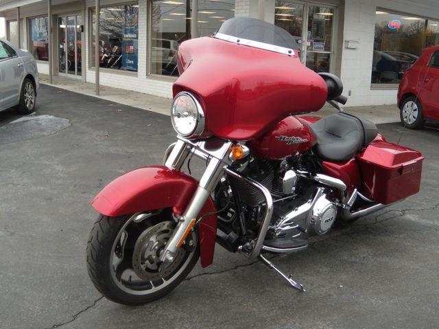 2013 Harley-Davidson Street Glide® Base Ephrata, PA 8
