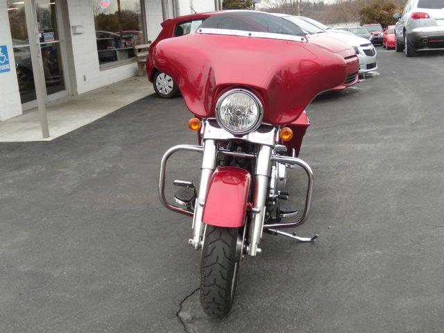 2013 Harley-Davidson Street Glide® Base Ephrata, PA 9