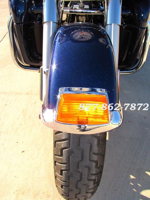2013 Harley-Davidson TRIGLIDE ULTRA CLASSIC FLHTCUTG TRIGLIDE TRIKE 103 McHenry, Illinois 14