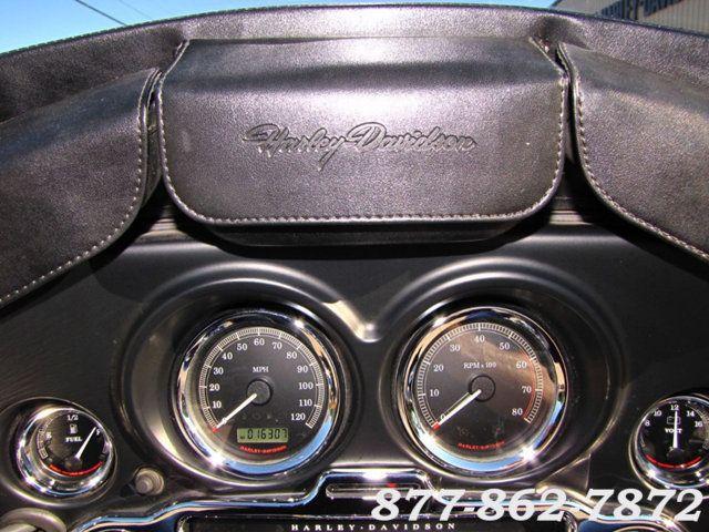 2013 Harley-Davidson TRIGLIDE ULTRA CLASSIC FLHTCUTG TRIGLIDE TRIKE 103 McHenry, Illinois 18