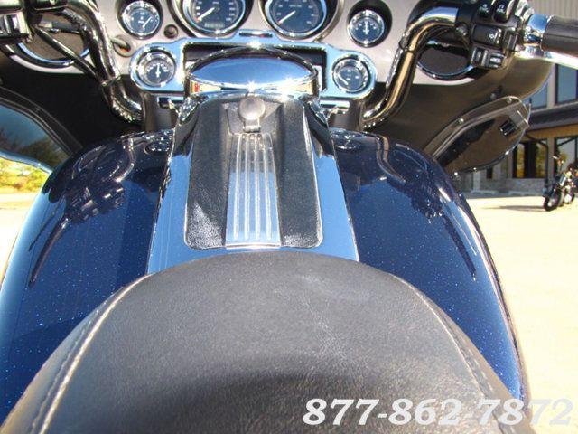 2013 Harley-Davidson TRIGLIDE ULTRA CLASSIC FLHTCUTG TRIGLIDE TRIKE 103 McHenry, Illinois 22