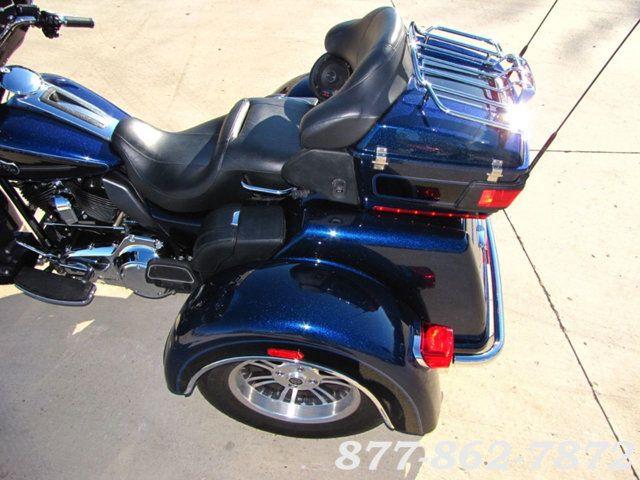 2013 Harley-Davidson TRIGLIDE ULTRA CLASSIC FLHTCUTG TRIGLIDE TRIKE 103 McHenry, Illinois 26
