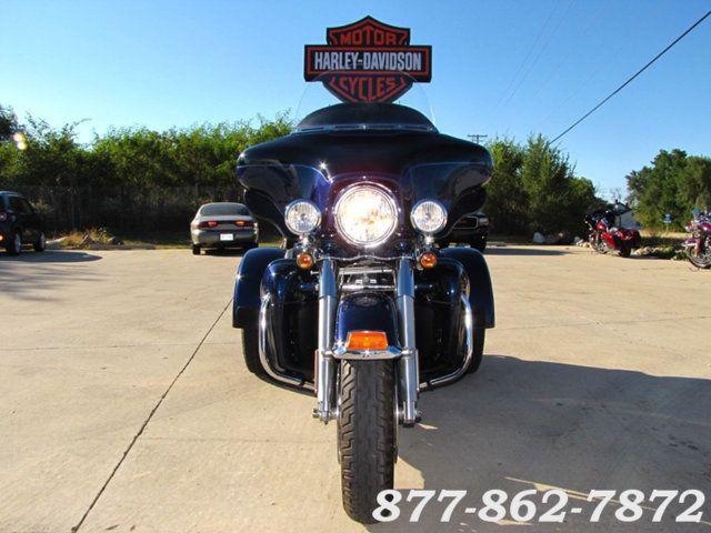 2013 Harley-Davidson TRIGLIDE ULTRA CLASSIC FLHTCUTG TRIGLIDE TRIKE 103 McHenry, Illinois 3