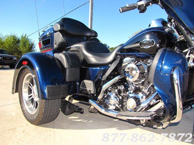 2013 Harley-Davidson TRIGLIDE ULTRA CLASSIC FLHTCUTG TRIGLIDE TRIKE 103 McHenry, Illinois 31