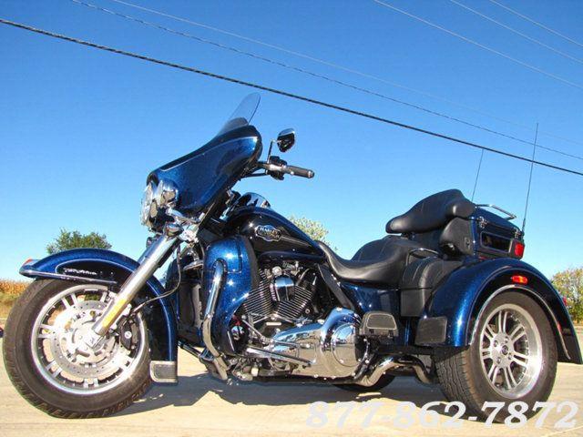 2013 Harley-Davidson TRIGLIDE ULTRA CLASSIC FLHTCUTG TRIGLIDE TRIKE 103 McHenry, Illinois 4