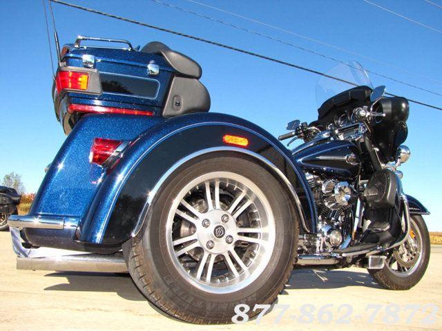 2013 Harley-Davidson TRIGLIDE ULTRA CLASSIC FLHTCUTG TRIGLIDE TRIKE 103 McHenry, Illinois 7
