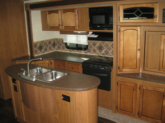 2013 Hill Country By Crossroads Rv  HCT 33RL Katy, Texas 18