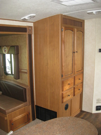 2013 Hill Country By Crossroads Rv  HCT 33RL Katy, Texas 26