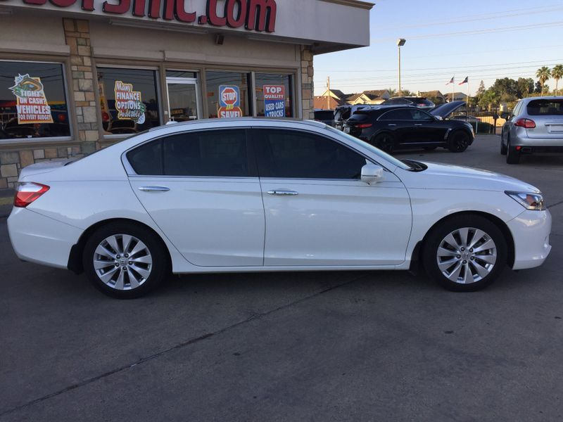 2013 Honda Accord EX-L  Brownsville TX  English Motors  in Brownsville, TX