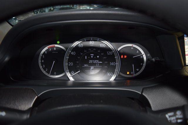 2013 Honda Accord EX-L Richmond Hill, New York 24