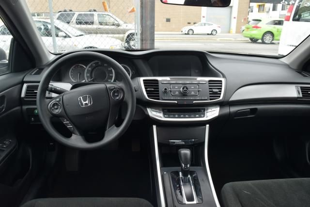 2013 Honda Accord LX Richmond Hill, New York 4
